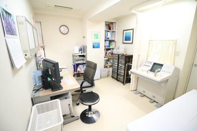 嶋崎内科医院/診察室